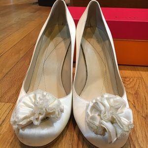 Kate Spade Kelli's ivory/satin size 7.5 high heels